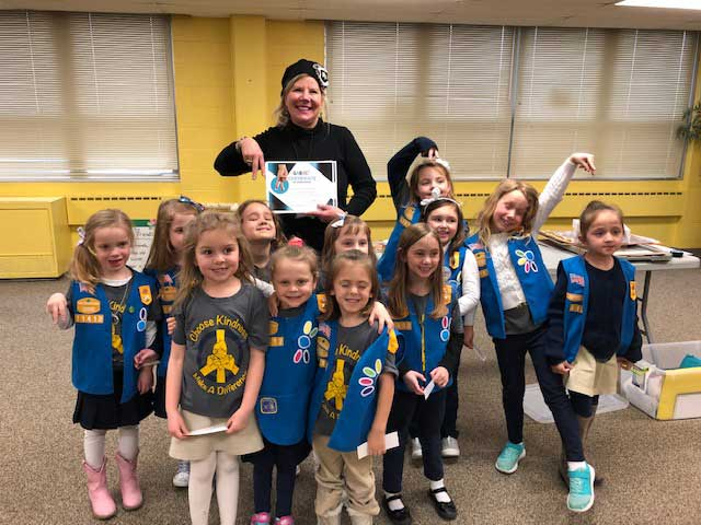 Girl Scouts Become Upstanders at St. Alphonsus, Greendale