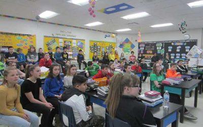 GHS Peer Ambassadors meet with Greendale Middle School